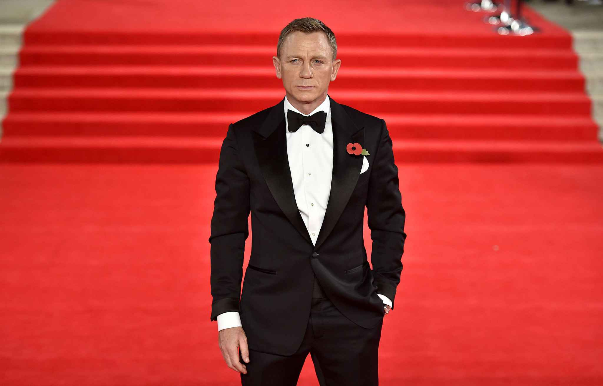 2048x1536-fit_daniel-craig-premiere-film-007-spectre-26-octobre-2015-royal-albert-hall-londres