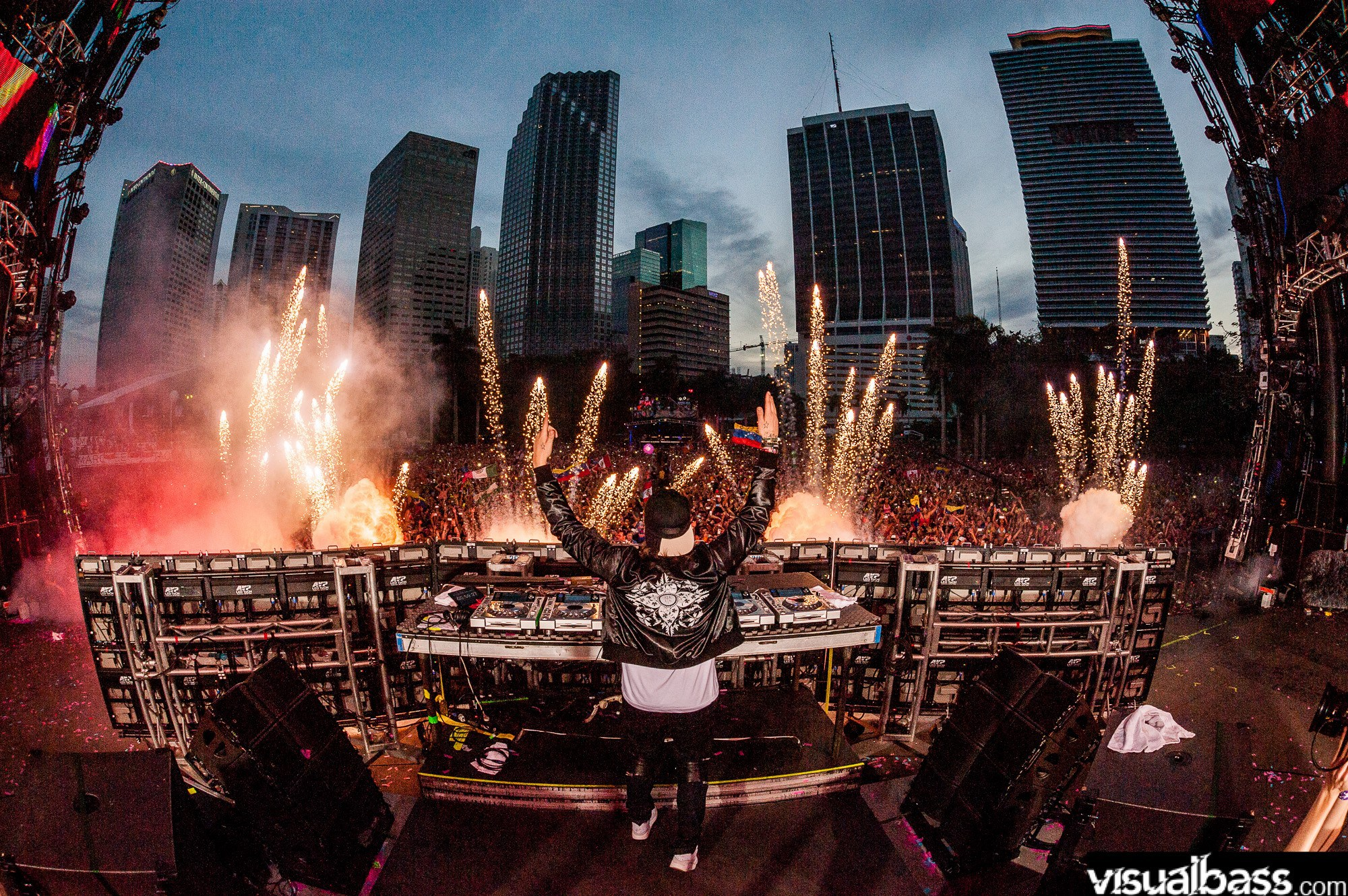 Steve-Angello-live-@-Ultra-Music-Festival-Miami-2014